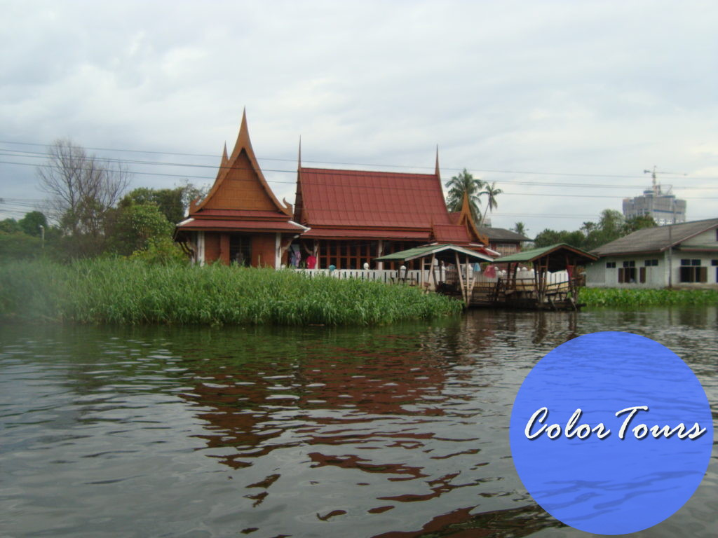 река Чаопрайя в Бангкоке