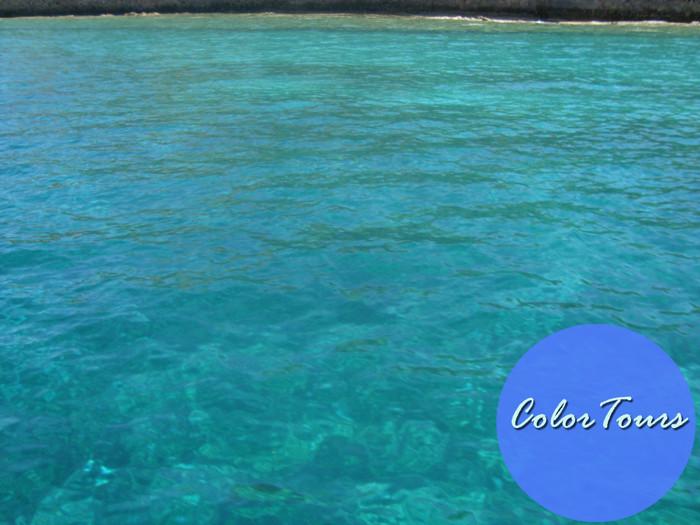 Цвет воды в заливе Элунда на Крите