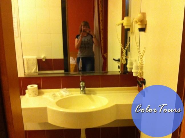 Ванная комната в отеле Junior Римини